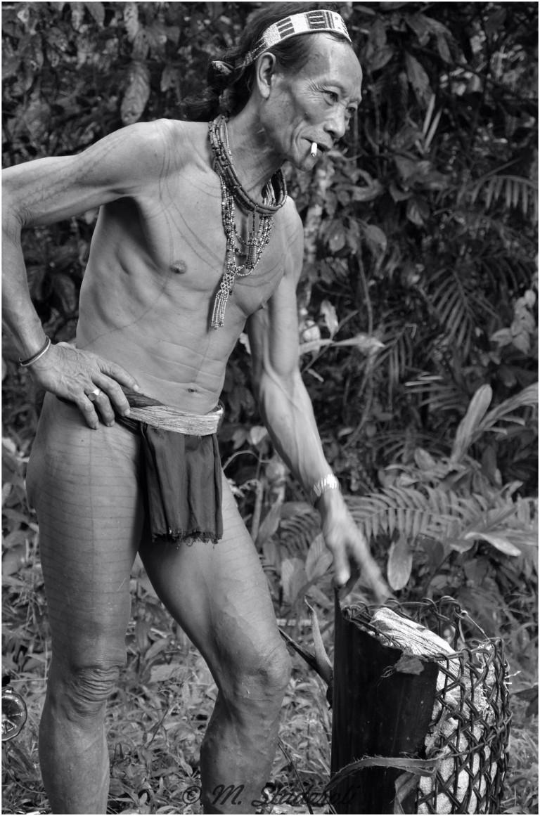 «Un regard, des sourires»  Mentawaï 2013-6