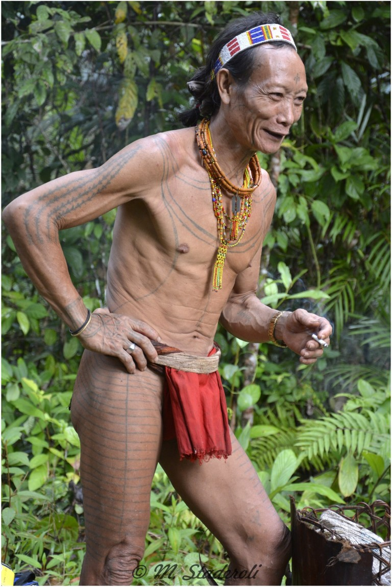«Un regard, des sourires»  Mentawaï 2013-7