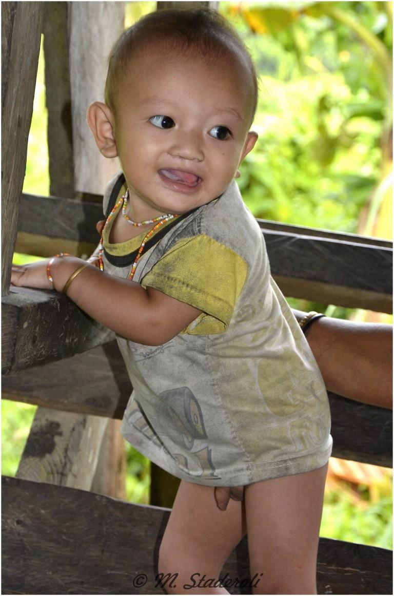 «Un regard, des sourires»  Mentawaï 2013-9