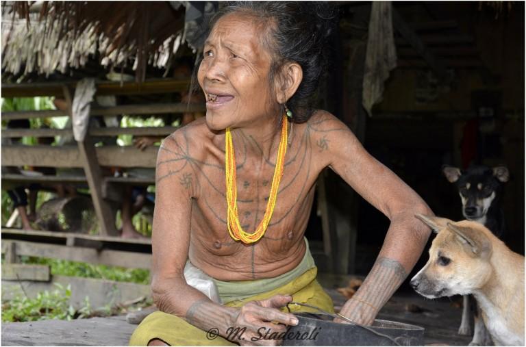«Un regard, des sourires»  Mentawaï 2013-19