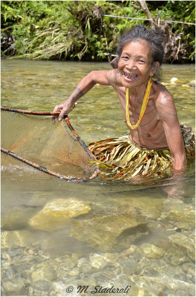 «Un regard, des sourires»  Mentawaï 2013-21