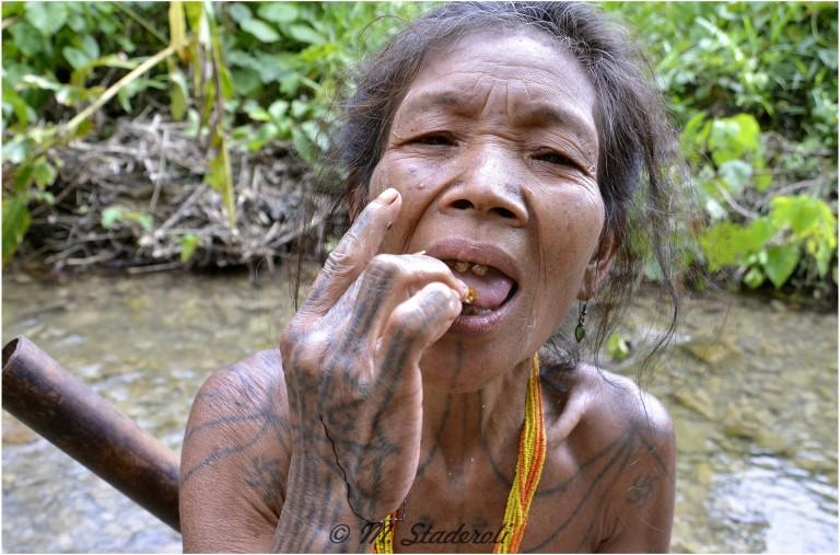 «Un regard, des sourires»  Mentawaï 2013-26