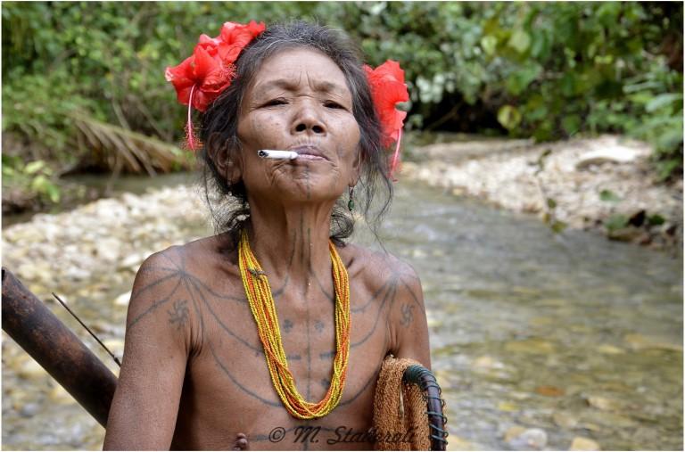 «Un regard, des sourires»  Mentawaï 2013-28