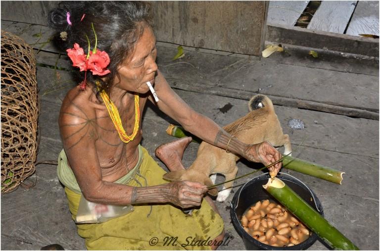 «Un regard, des sourires»  Mentawaï 2013-29