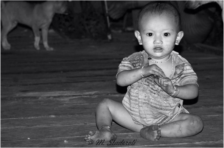 «Un regard, des sourires»  Mentawaï 2013-30