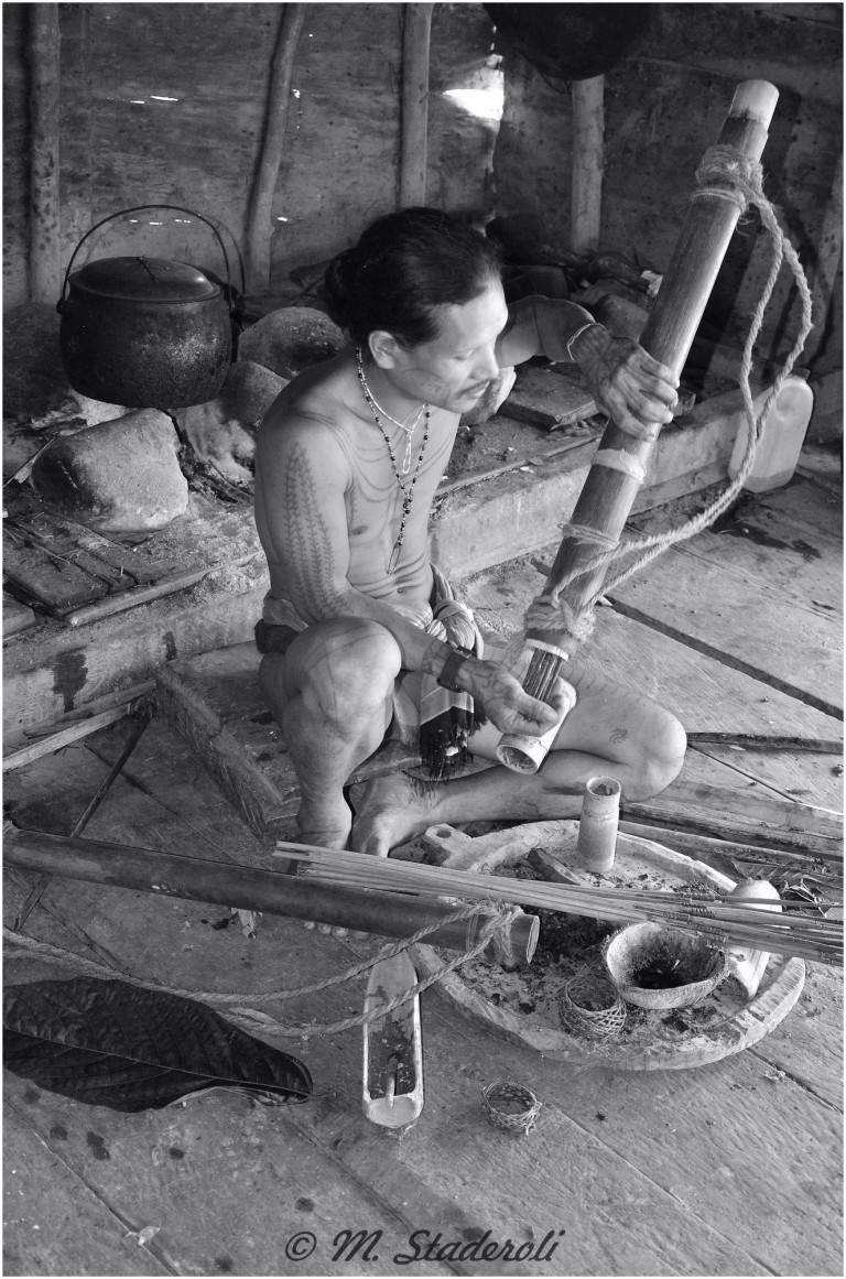 «Un regard, des sourires»  Mentawaï 2013-33