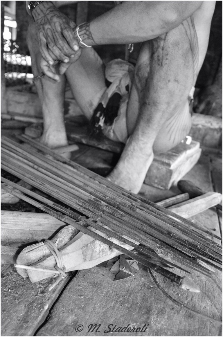 «Un regard, des sourires»  Mentawaï 2013-34