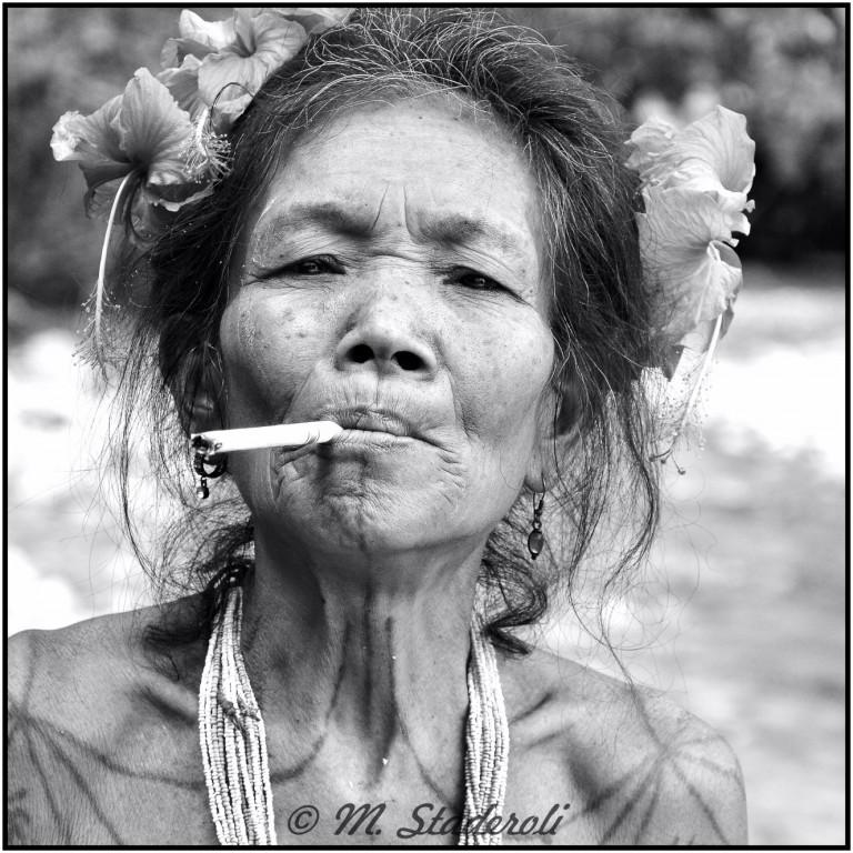 «Un regard, des sourires»  Mentawaï 2013-36